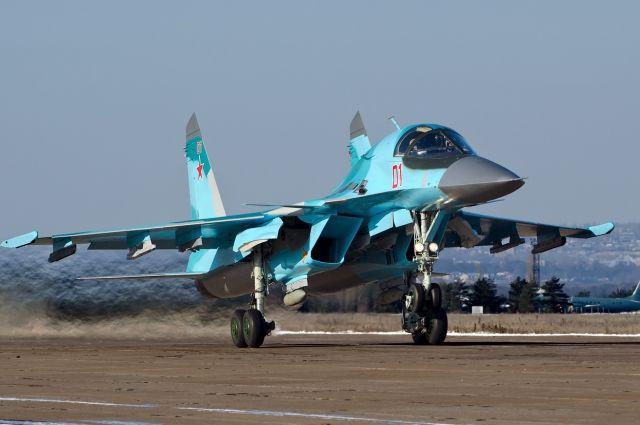 Опубликовано видео приземления боевых самолетов на трассе под Ростовом