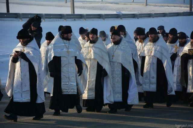 Крестный ход в Барнауле на Крещение