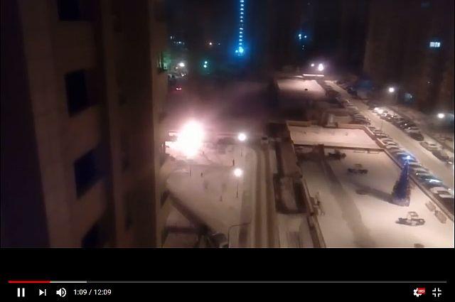 В Заречном полыхала «Газель»: очевидец снял происшествие на видео