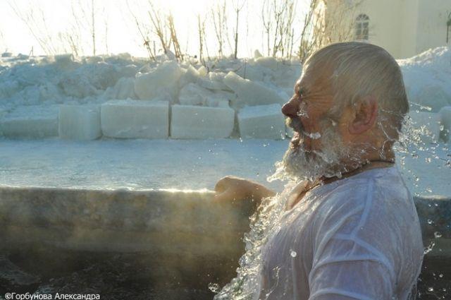 Омичи смогут окунуться на Крещение в 37 местах.