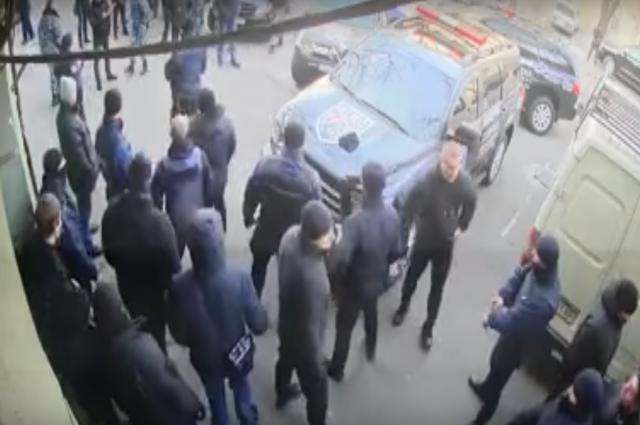 В Одессе подрались два охранных агентства: причина – контроль над зданием