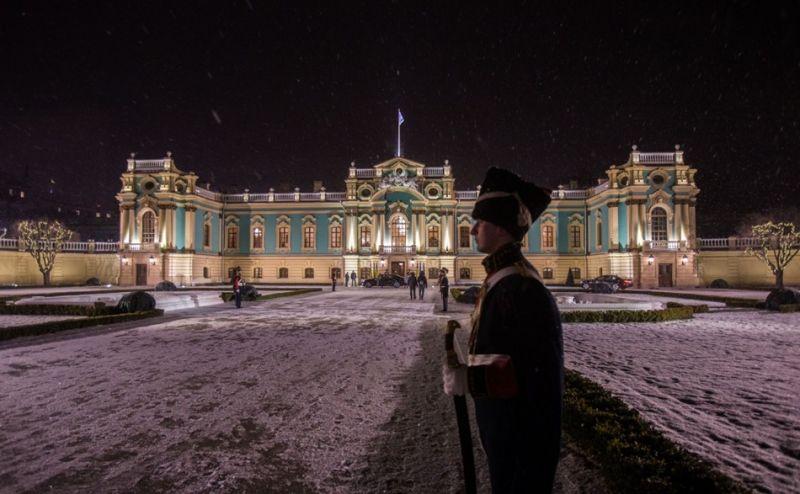 Дворец был заложен по заказу императрицы Елизаветы Петровны еще в 1744 году.