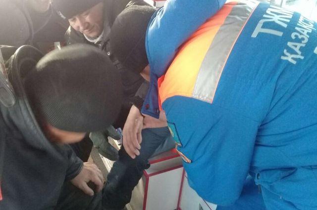 Владелец сгоревшего в Казахстане автобуса перевозил людей без лицензии