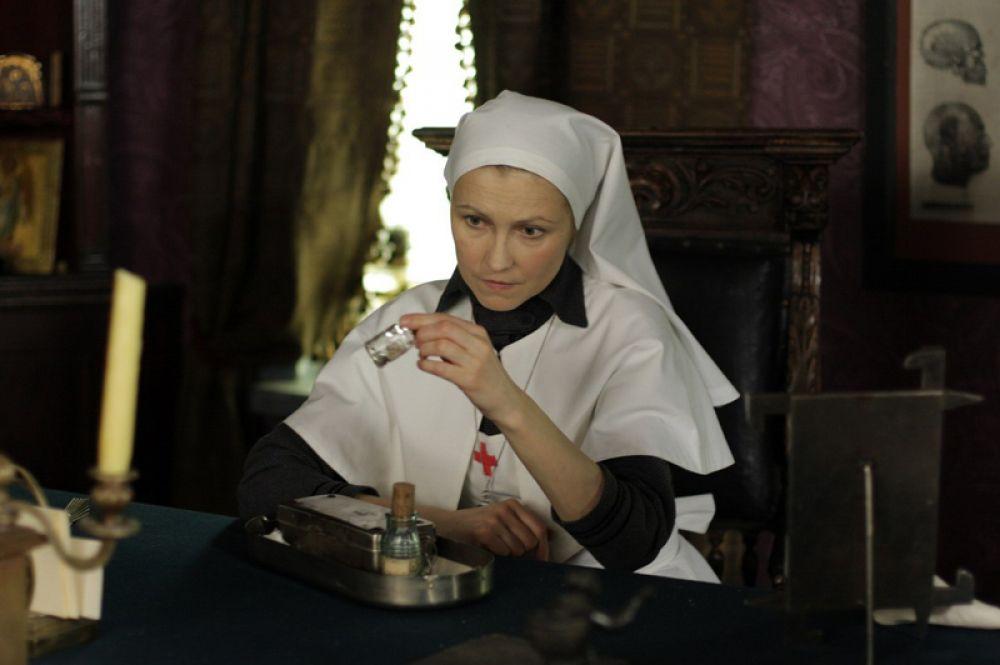 В фильме «Морфий» (2008) Алексея Балабанова в роли Анны Николаевны.