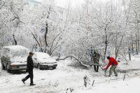 Кабмин: Губернаторы и мэры не могут покидать областей на время снегопада