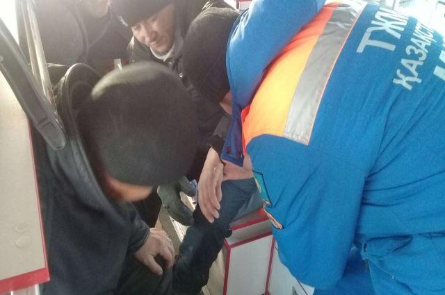Спасшиеся при возгорании автобуса в Казахстане отказались от госпитализации