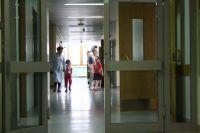 Из отделения нейрохирургии девочку переведут в неврологию на реабилитацию.