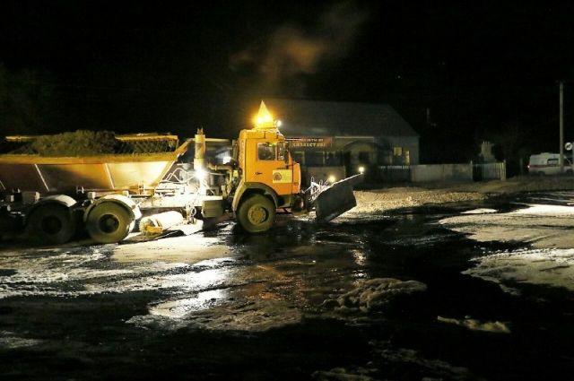 В Саратовской области загорелись жилые дома после прорыва нефтепровода