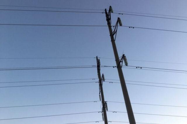 9 населённых пунктов Крыма остались без электричества