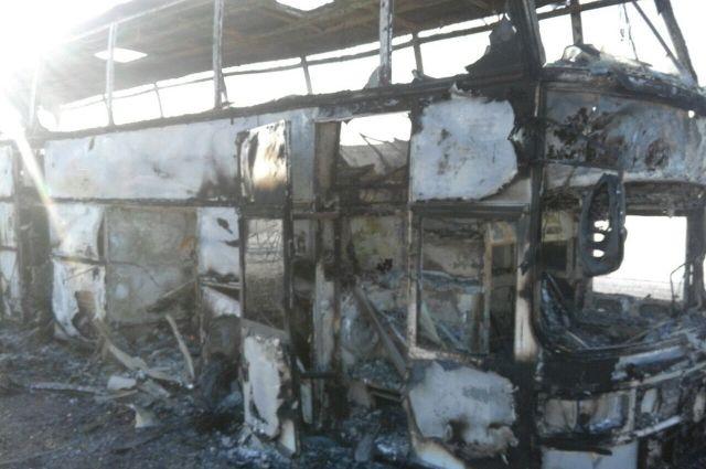 В МВД Казахстана назвали наиболее вероятную причину пожара в автобусе