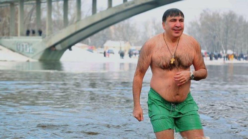 Был на Гидропаркеи бывший глава Одесской ОГА Михеил Саакашвили.