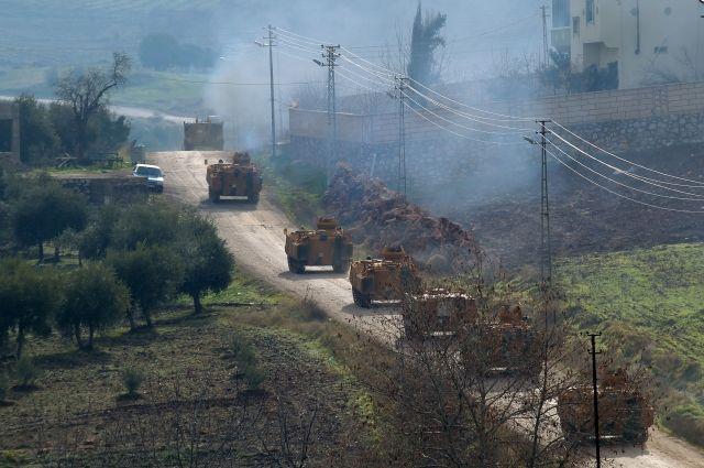 При обстреле турецкого города израйона Африна пострадали неменее 30 человек