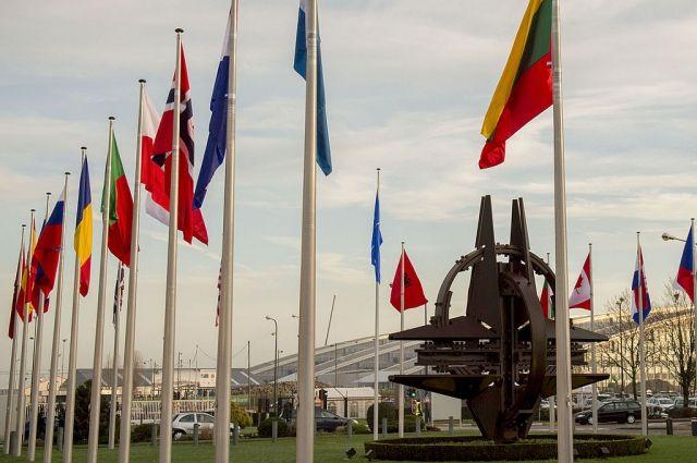 СМИ: НАТО расценивает операцию против курдов как самооборону