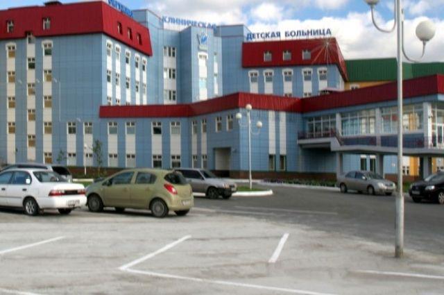 Мальчик находится в инфекционном отделении Нижневартовской окружной детской клинической больницы