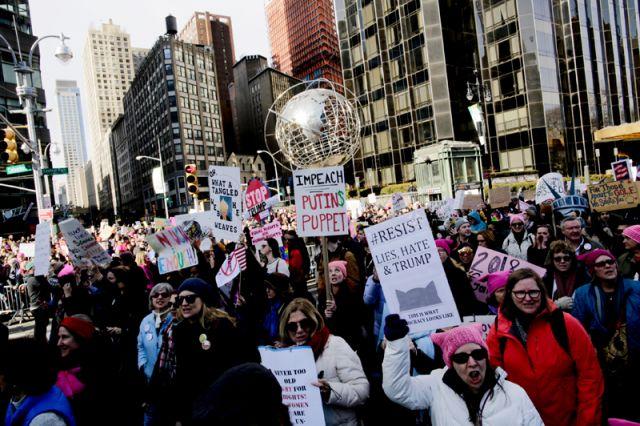 «Марш женщин» в США