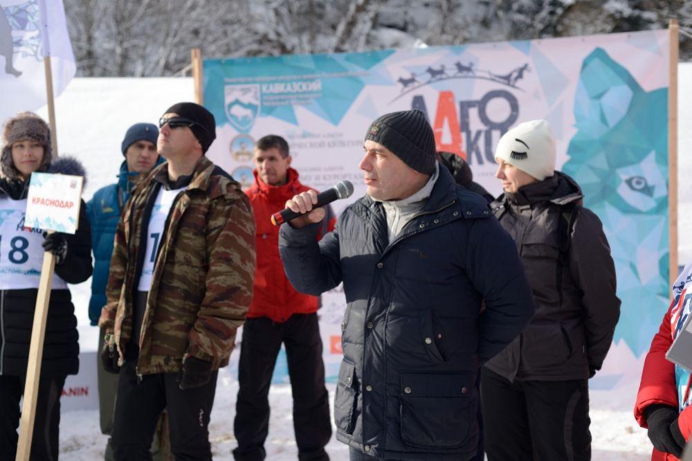 Открыл соревнования руководитель республиканского комитета по туризму и курортам Инвер Калашаов.