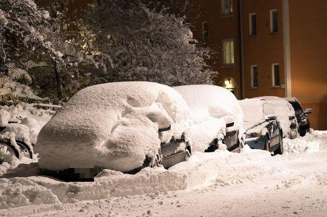 В понедельник из-за снегопада Пермь стояла в 10-балльных пробках.