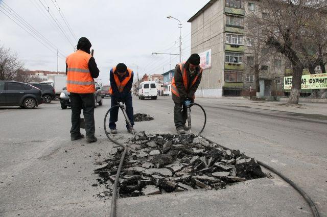 Программу капремонта дорог утвердили вПетербурге до 2022