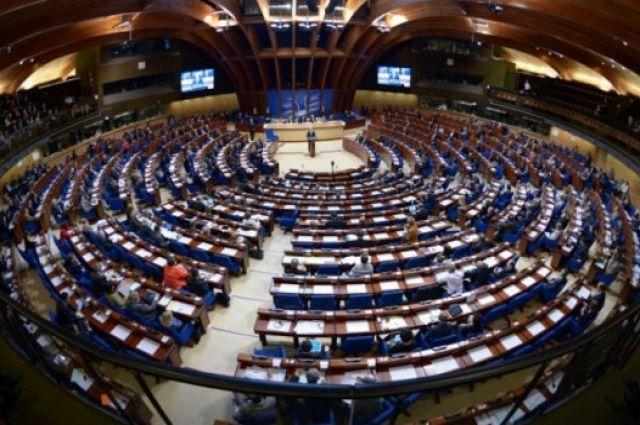 ПАСЕ приняла резолюцию о гуманитарных последствиях конфликта в Украине