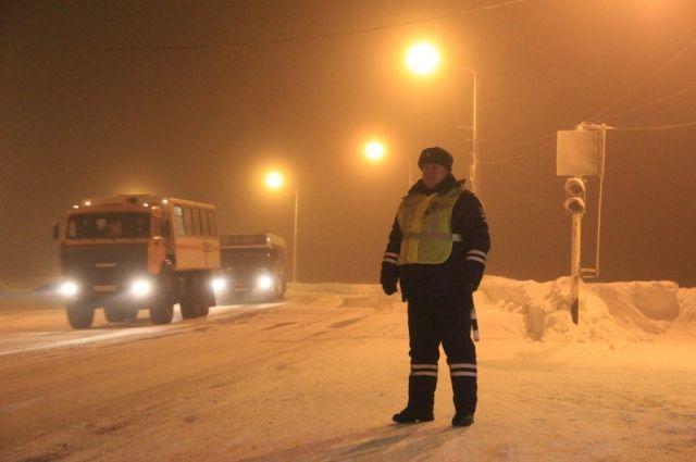 ВЛесосибирске нетрезвый мужчина без прав вез годовалого ребенка