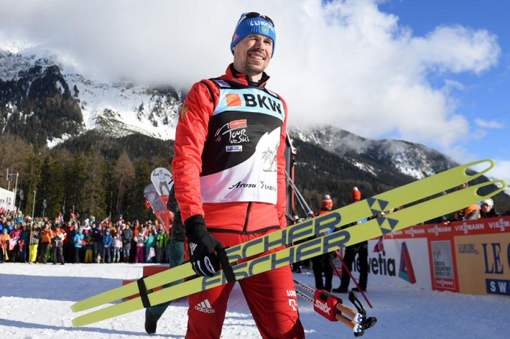 Двукратный чемпион мира Сергей Устюгов (лыжи).