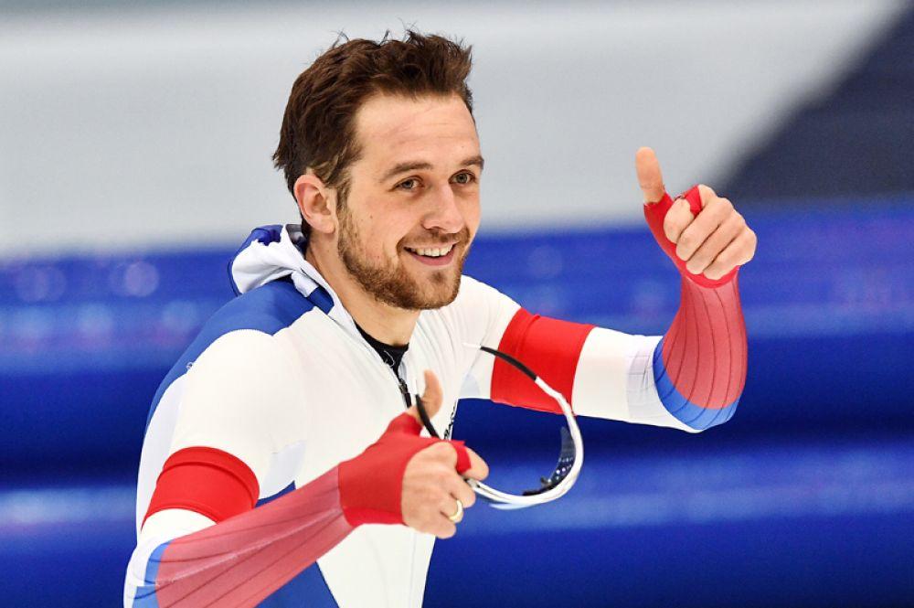 Трехкратный чемпион мира Денис Юсков (конькобежный спорт).