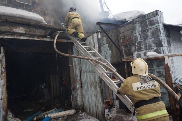Лишь 40% пожаров происходит из-за печного отопления, остальные 60% - по самым разным причинам, которые всё же можно предвидеть.