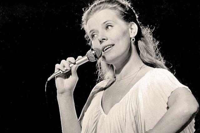 В России скончалась известная певица и актриса Людмила Сенчина