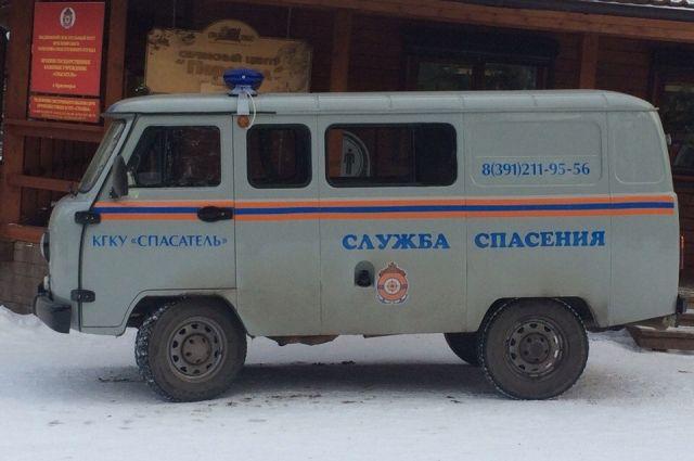Спасатели эвакуировали замёрзших детей.
