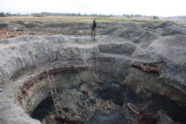Копателей янтаря под Зеленоградском задержали полицейские и бойцы спецназа.