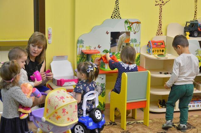 Пермская воспитательница пожаловалась на невысокие зарплаты в отрасли.