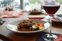Эксперты зафиксировали значительный рост цен в омских ресторанах.