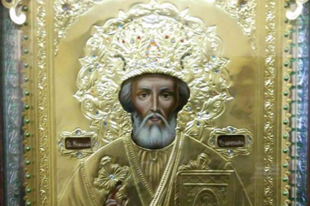 Заключённый написал икону Николая Чудотворца.
