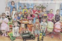 Свои первые изобретения дети из группы «Улыбка» вместе с воспитателями лепят из пластилина или собирают их конструктора.