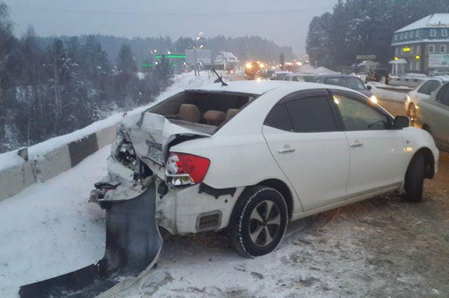 Нетрезвый шофёр спровоцировал массовое ДТП, его увезли кнаркологу