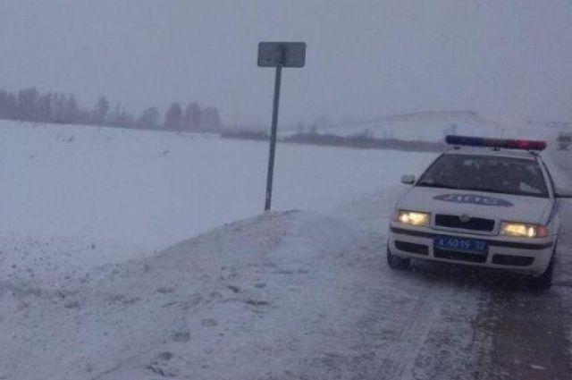Мужчина умер при столкновении Хендай Solaris иВАЗа наалтайской трассе