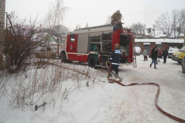 30 пожарных тушили возгорание