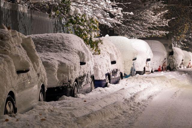 На смену морозам в Кемерове пришли метели и снегопады.