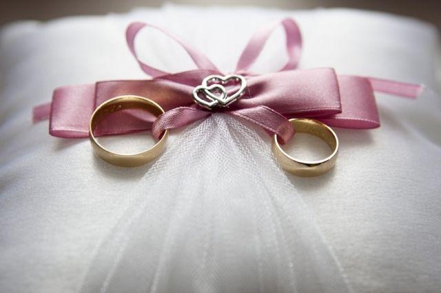 В 2017 году омичи заключили больше браков, чем в 2016-м.