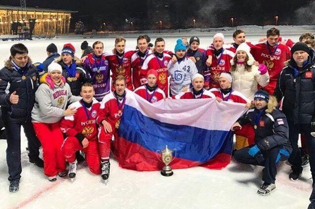 Кемеровчане в составе Сборной России по хоккею с мячом стали чемпионами мира.