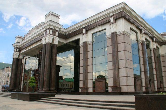 В современной России Пензенский драмтеатр обратился к этой пьесе одним из первых.