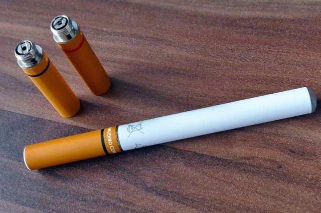 В России предложили приравнять электронные сигареты к обычным
