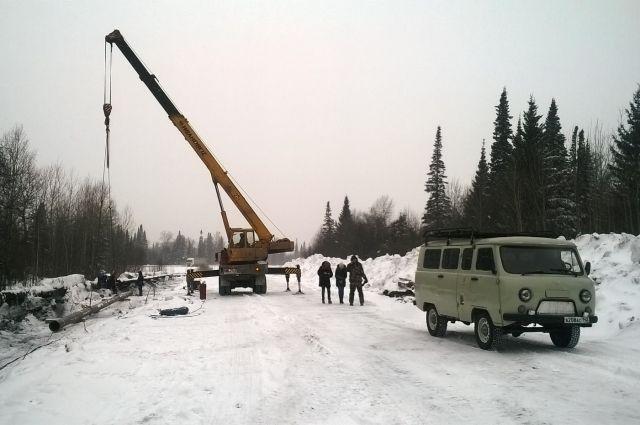 Последствия аварии на водоводе устраняют семь ремонтных бригад.