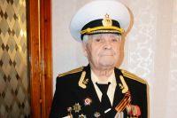 Борис Щербинин со «Сталинградской мадонной».