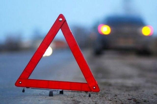 ДТП спострадавшими набульваре Шевченко вКиеве: авто перевернулось