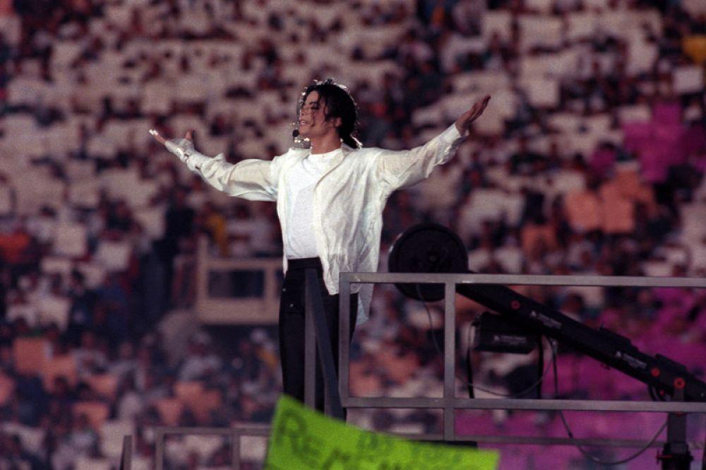 1993 год — Майкл Джексон.