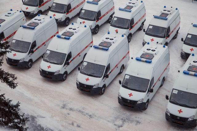 Кузбасские города получили 35 новых автомобилей «скорой помощи».