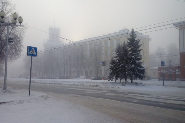 В Кемерове объявлен режим неблагоприятных метеоусловий.