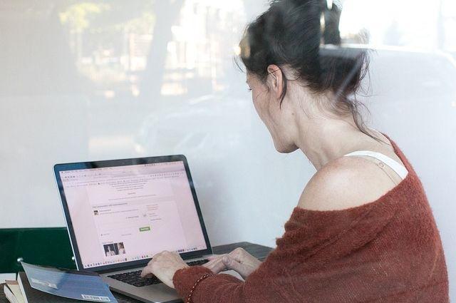 Калининградка обманула почту и онлайн-магазин, заказав посылок на 200 тысяч.