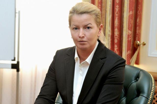 С ноября 2016 года до 1 февраля 2018 года Ольга Абрамова была генеральным директором ООО «Агрокомплекс «Бабинский».